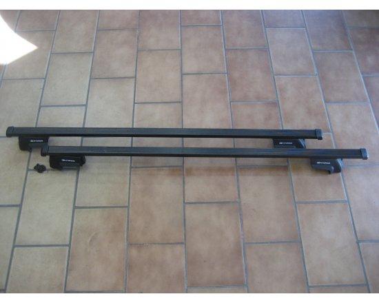 Použitý střešní nosič originál na Hyundai I30 kombi 07-11 / Hyundai Tucson 04 - 09 na podélníky